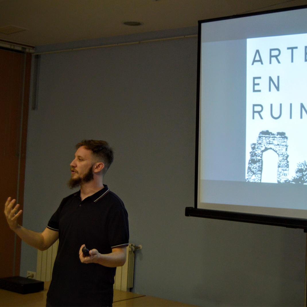 Presentacion arte en ruinas Almendralejo