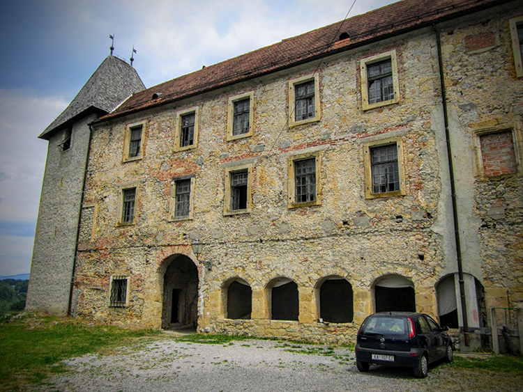 Ruta por los castillos de Karlovac (Croacia)