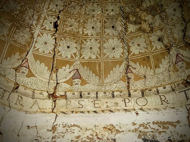 Ermita del Santo Cristo. Los Ángeles malos de Talaván